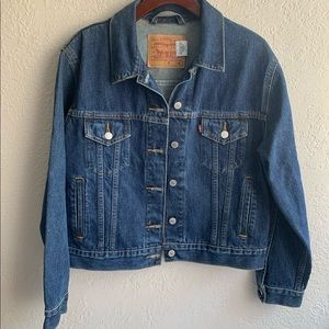 LEVIS medium denim jacket